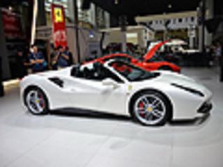法拉利488 Spider售388.8万元 三秒破百