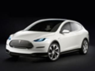 特斯拉ModelX软件升级 鹰翼车门故障解除