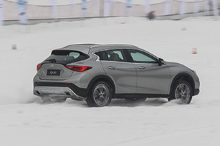 在初雪邂逅英菲尼迪QX30 看它怎么撒欢儿