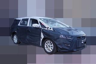 吉利首款MPV车型谍照曝光 将于4月首发