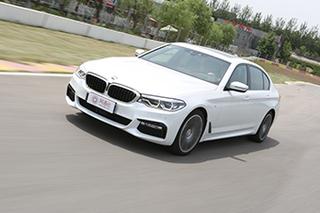 静候八年只为称王 赛道试全新BMW 5系Li