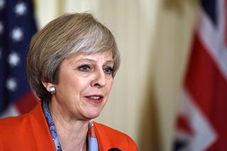 """英国首相访华 为何这3家车企如此""""高调""""?"""