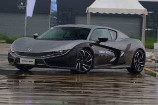 千呼万唤始出来的国产纯电动跑车 前途K50初体验