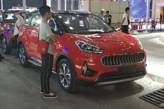 探馆:起亚 新款小型SUV-KX3