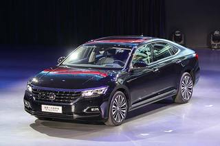 上汽大众全新一代帕萨特正式上市 售18.99万元起