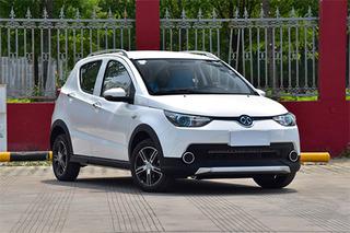 北汽新能源EC220新增入門車型 補貼后售5.58萬元