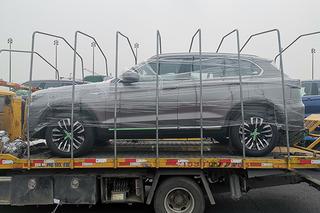 2019上海车展探馆:汉腾中型SUV——X8